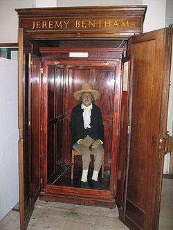 250px-Jeremy_Bentham_Auto-Icon